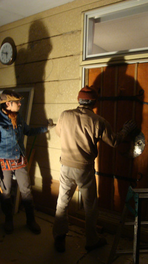 20111214_smoke_and_door_025